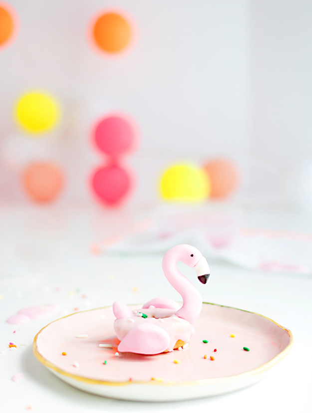 image seo tips example flamingo donut