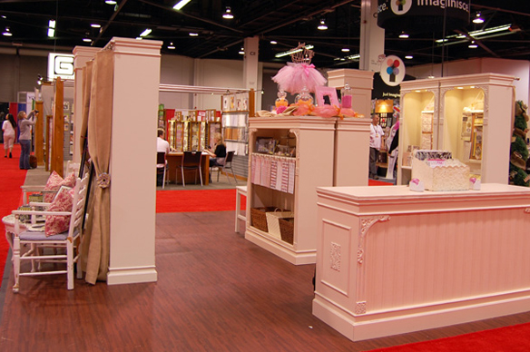 Pinkpaislee Trade Show Booth