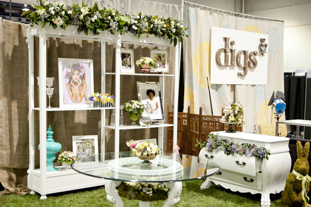 Layers of Lovely wedding show booth