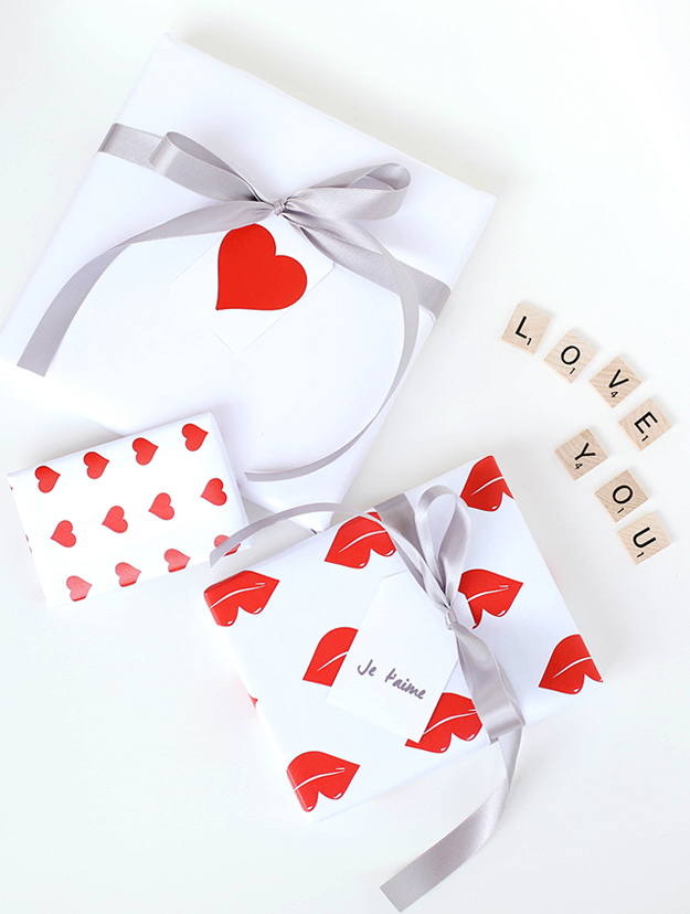 Modern Valentines Day Gift Wrap and Tags