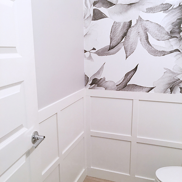 Small Powder Room – One Room Challenge Week 5