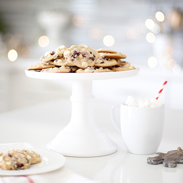 Cranberry White Chocolate Chip Cookies – A Christmas Cookie Exchange