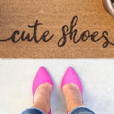 DIY Painted Doormat – Cute Shoes