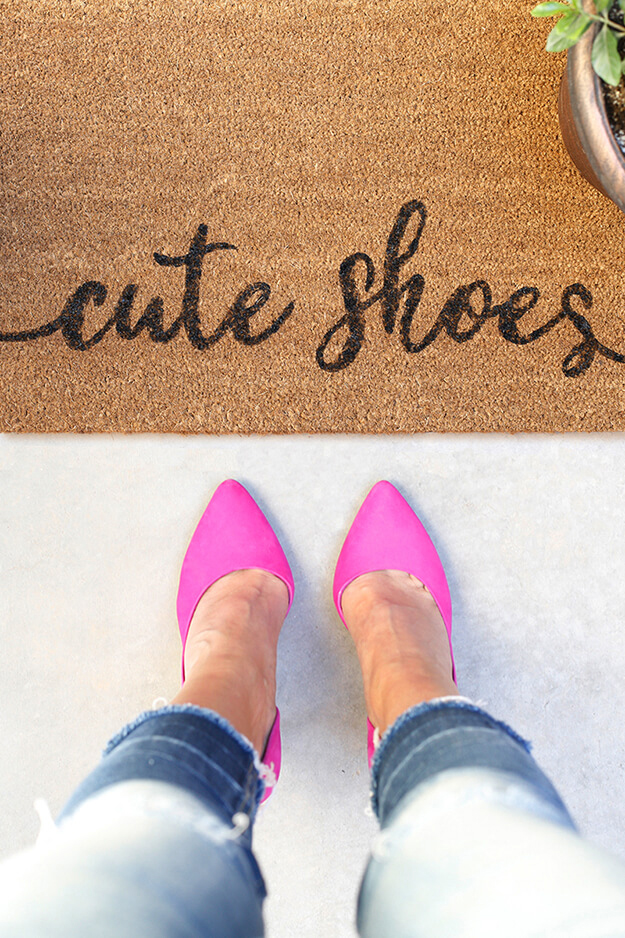 DIY painted doormat stenciled cute shoes by Your Marketing BFF