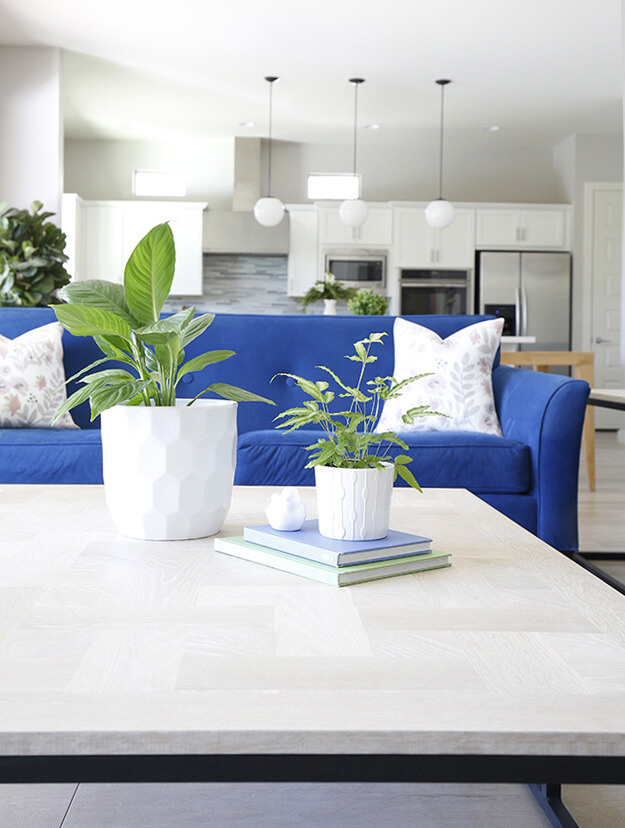 Decked and Styled Spring Home Tour - Bringing the Outside In ...