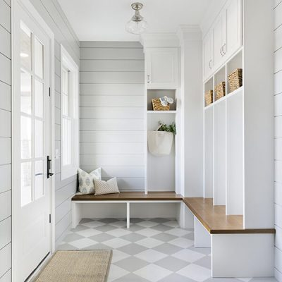 7 Inspiring Mud Rooms That Are Functional and Stylish