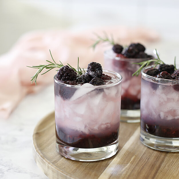Refreshing Blackberry Cocktail (or Mocktail)