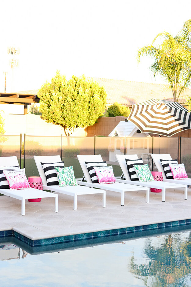 beautiful backyard oasis ideas modern white lounge chairs