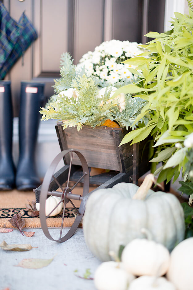 Beautiful neutral fall decor ideas-5