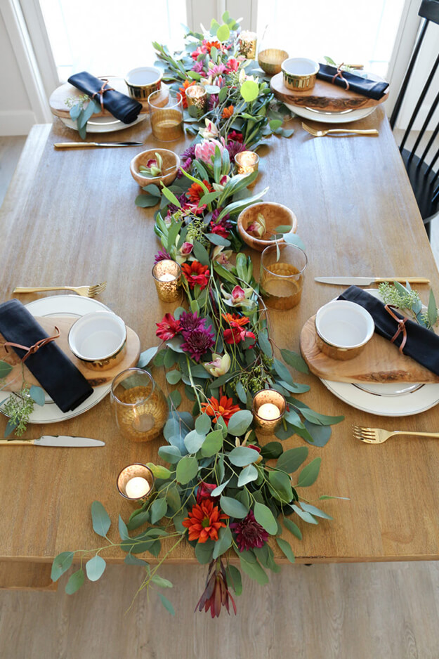 7 Simple Gorgeous Modern Thanksgiving Tablescapes-11