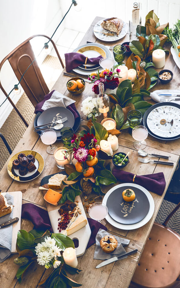 7 Simple Gorgeous Modern Thanksgiving Tablescapes-6