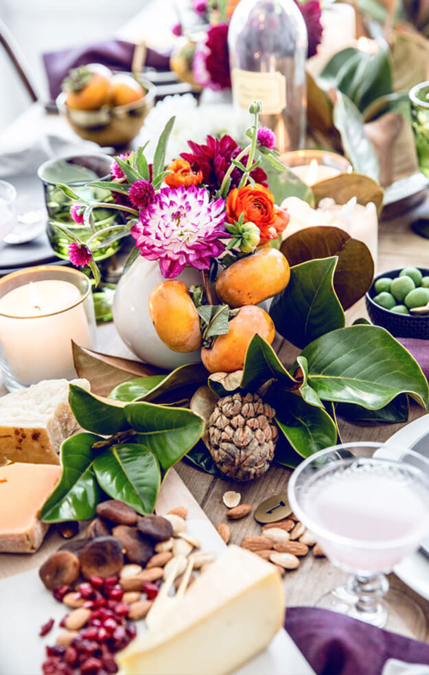 7 Simple Gorgeous Modern Thanksgiving Tablescapes-7