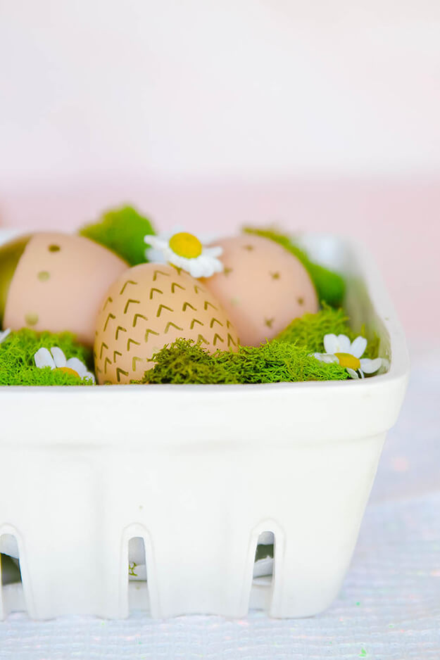 9 unique easter egg decorating ideas - decorating brown eggs