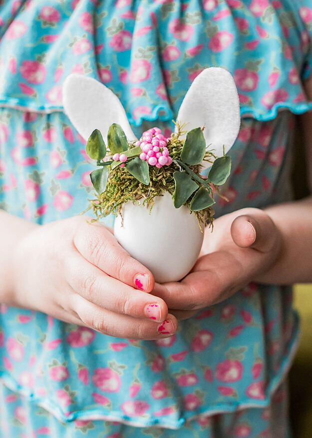 9 unique easter egg decorating ideas - easter bunny eggs with floral crowns