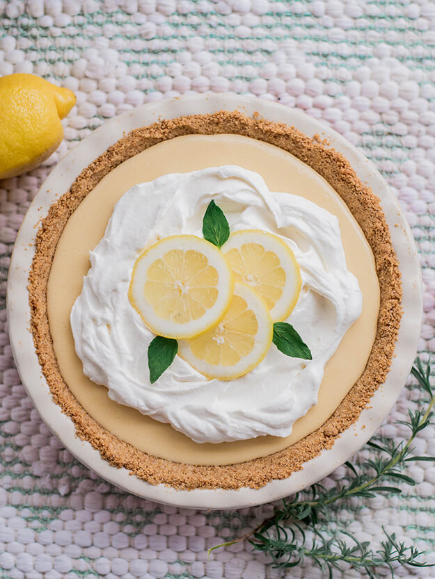 The DIY Mommy Magnolia Lemon Pie