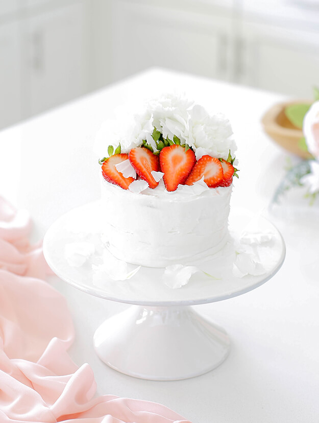 Easy Strawberry Vanilla Layer Cake 2