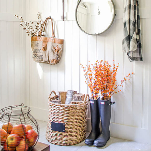 Fall decorating ideas: neutral tones with a pop of color