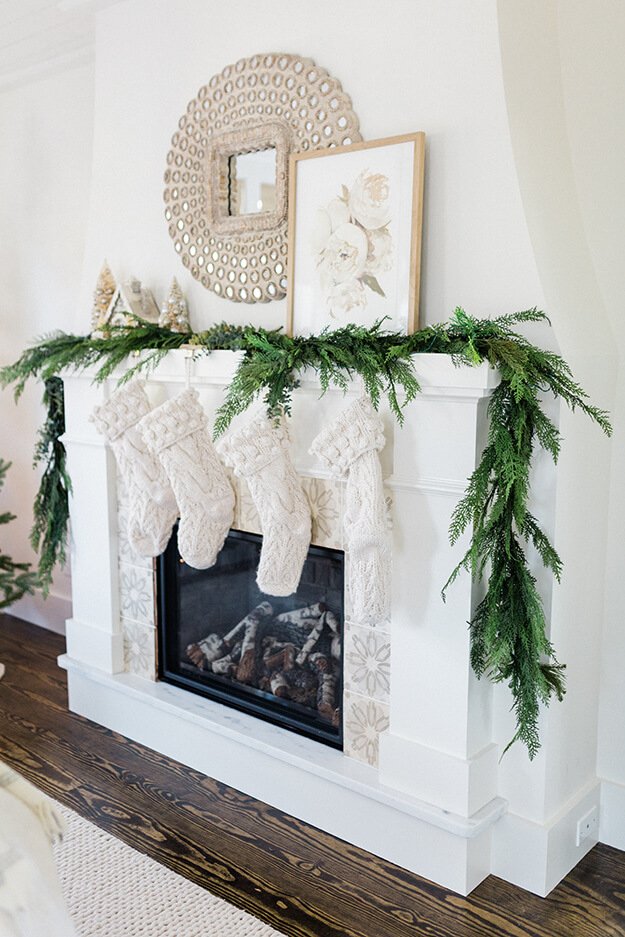 Best of Christmas Holiday Décor Favorites 2019_finding lovely-2