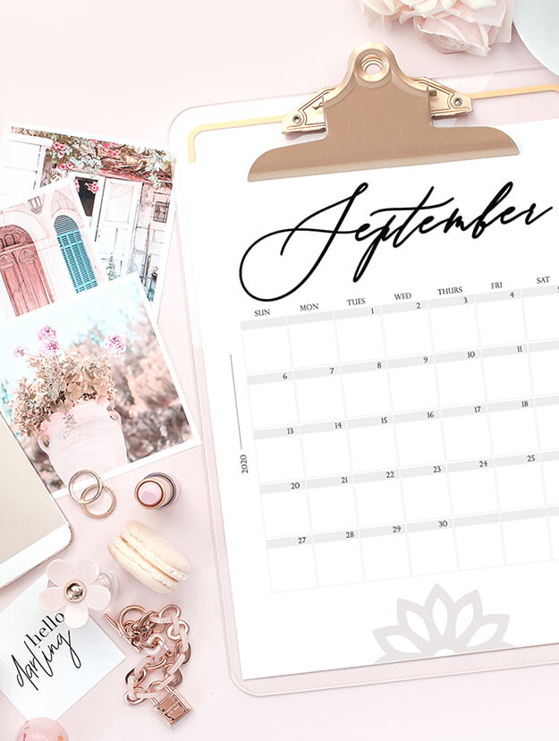 Free modern 2020 calendar printable by Your Marketing BFF 2