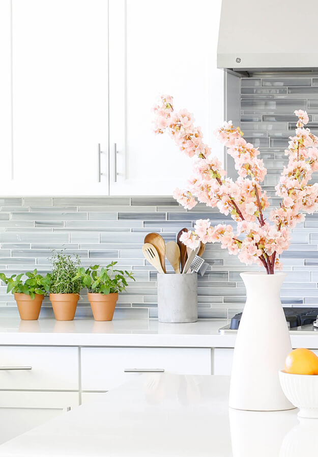 spring home tour modern fresh blossoms -3