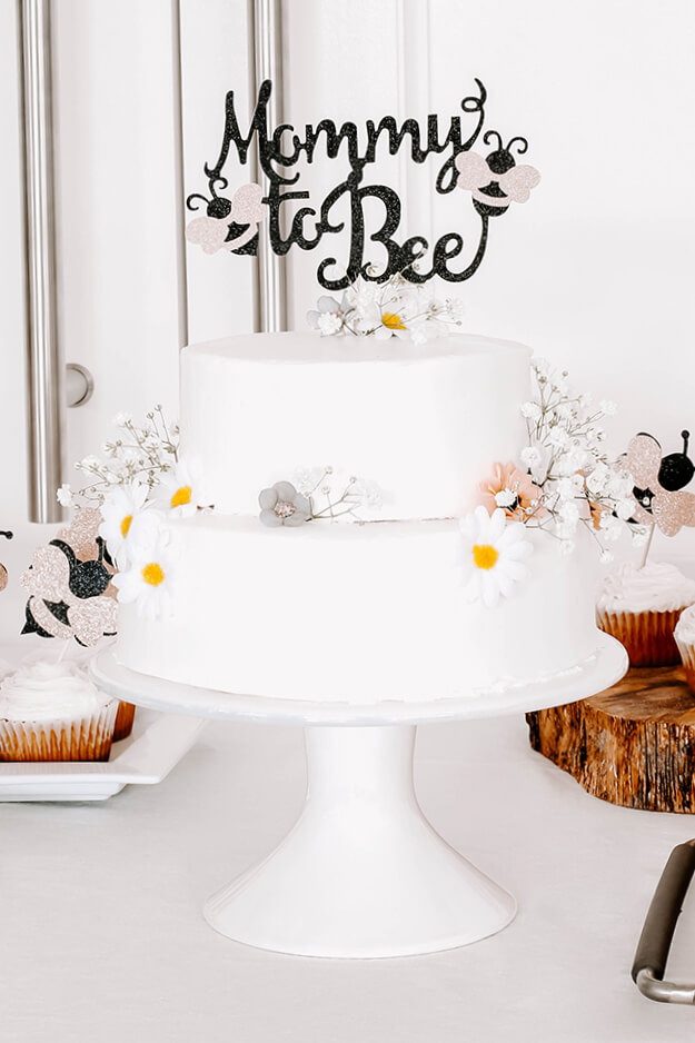 Mommy to Bee baby shower on a budget -4