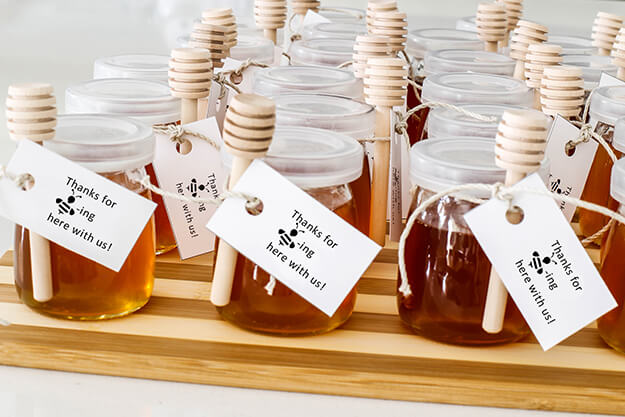 Mommy to Bee baby shower on a budget party favors -8